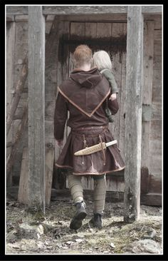 """This is me wearing my leather tunic. It is (like some of my other garnments) based on the """"Skjoldehamn tunic"""". The hood is also based on Skjoldehamn. Viking Shoes, Viking Garb, Viking Reenactment, Viking Men, Viking Dress, Viking Life, Viking Clothing, Medieval Costume, Historical Clothing"""