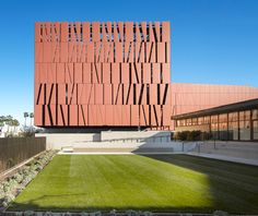 Wallis Annenberg Center for the Performing Arts by Studio Pali Fekete architects, photo: Roland Halbe
