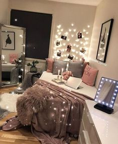 49 White Interior Design for you this winter - Luxury Interior - . - 49 White Interior Design for you this winter – Luxury Interior – - Cute Room Decor, Teen Room Decor, Teen Bedroom Decorations, Bedroom Decorating Ideas, College Room Decor, College Dorm Rooms, White Interior Design, Luxury Interior, Interior Ideas