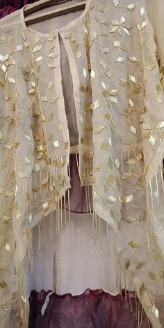 Fancy Dress Design, Latest Dress Design, Stylish Dress Designs, Pakistani Fashion Party Wear, Indian Fashion Dresses, Simple Pakistani Dresses, Pakistani Dress Design, Designer Party Wear Dresses, Kurti Designs Party Wear