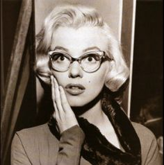 89fe37476f8d4 Marilyn Monroe in glasses Laugh Out Loud