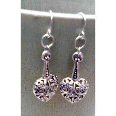 Grey Striped Agate Dangle Earrings ($16) via Polyvore featuring jewelry, earrings, grey earrings, agate jewelry, long dangle earrings, dangle earrings and gray jewelry