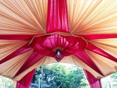 Dekorasi Elegan dan Berkesan Mewah  Pilih nuansa dan warna dekorasi sesuai keinginan. Atau konsultasikan karakter dekorasi yang Anda kehendaki. Hubungi Prima Event Makassar - sewa tenda, sewa panggung, dan dekorasi di Makassar. Telepon: 0411-881644 | 0811-465660. Email: info@primaevent.com. Website: www.primaevent.com