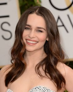 Copy Emilia Clarke's Romantic Beauty Look From the 2014 Golden Globes #oribe