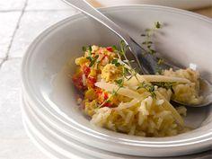 Broileri-riisivuoka Maukas uuniruoka arkeen. Toimii myös kerman sijasta kookosmaidolla.
