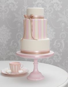 Chic and Sweet Cake