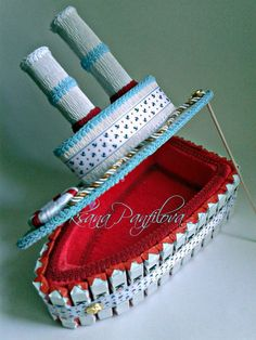 Chocolates, Candy Bouquet, Chocolate Gifts, Baking Soda, Outfit, Crafts, Diy, Small Bench, Bonbon