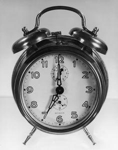 How Does Sleep Inertia Make it Hard to Wake Up?