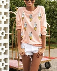 Summer Looks 2018 Ideas Picture Description Casual cute sweatshirt. Look Fashion, Teen Fashion, Womens Fashion, Looks Style, Style Me, Summer Outfits, Cute Outfits, Style Japonais, Cute Sweatshirts