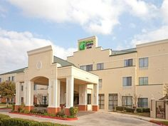 Round Rock (TX) Holiday Inn Express Hotel & Suites Austin - Round Rock United States, North America The 3-star Holiday Inn Express Hotel & Suites Austin - Round offers comfort and convenience whether you're on business or holiday in Round Rock (TX). Offering a variety of facilities and services, the hotel provides all you need for a good night's sleep. Free Wi-Fi in all rooms, 24-hour front desk, facilities for disabled guests, express check-in/check-out, business center are t...