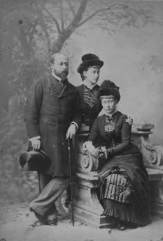 Edward VII with his nieces Princess Elizabeth of Hesse and Princess Victoria of Hesse