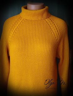 Уютный свитер янтарного цвета. Спицы. Два варианта воротника. Cozy Sweaters, Knitting Sweaters, Amber Color, Knitting Designs, Knitting Needles, Men Sweater, Turtle Neck, Pullover, Womens Fashion