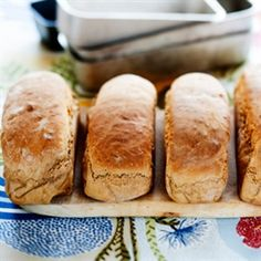 Ankarstock Our Daily Bread, Hot Dog Buns, Food And Drink, Rolls, Cooking Recipes, Baking, Desserts, Food Ideas, Corner