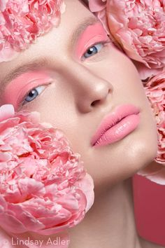 A look into this soft beauty editorial based on the color pink utilizing pink flowers and misc pink tones of the eye makeup, lips, and cheeks. Pink Makeup, Beauty Makeup, Eye Makeup, Hair Beauty, Makeup Art, Flower Makeup, Fairy Makeup, Mermaid Makeup, Make Up Looks