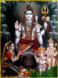 Post anything (from anywhere!), customize everything, and find and follow what you love. Create your own Tumblr blog today. Shiva Parvati Images, Shiva Hindu, Hindu Deities, Hindu Art, Krishna, Hanuman, Durga, Arte Shiva, Shiva Art
