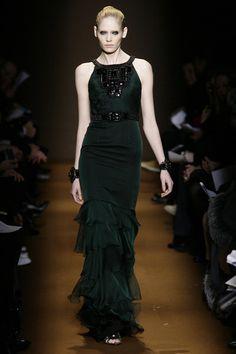 Andrew Gn at Paris Fashion Week Fall 2009 - Livingly Column Dress, Paris Fashion, Runway, Gowns, Formal Dresses, Fall, Black, Cat Walk, Vestidos