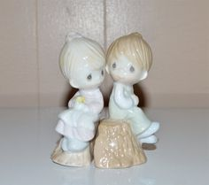 Precious Moments Boy Girl Salt and Pepper Shakers by WVpickin