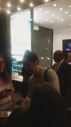 Stage door vid! Love, Love, Love Sept. 22 https://twitter.com/animejunki71/status/779176794725425152