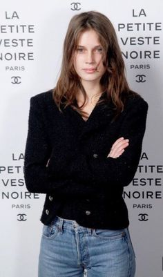 Marine Vacth in chanel denim French Women Style, French Chic, Caroline Bessette Kennedy, Vogue, Style Parisienne, Moda Outfits, Mode Chanel, Paris Mode, Fashion Beauty