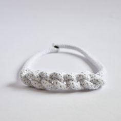 SWOKI Riesenhäkelkette Bracelets, Silver, Jewelry, Fashion, Accessories, Finger Crochet, Neck Chain, Handmade, Jewlery