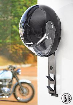 Suporte para capacete Iron