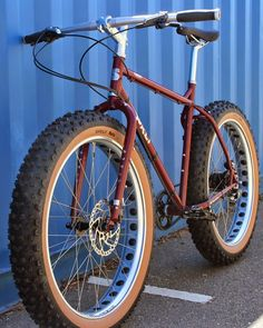 The Monkey Lab: Surly Pugsley with Rohloff SPEEDHUB 500/14 and belt drive