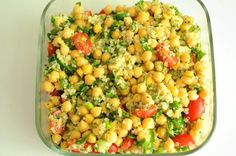 Quinoa and Chickpea Tabbouleh Salad- I did not use cucumbers; instead I used 2 zuchinni and 1 red bell pepper. I also grilled the chickpeas, zuchinnis, and bell pepper. Quinoa Chickpea Salad, Chickpea Recipes, Veggie Recipes, Salad Recipes, Vegetarian Recipes, Cooking Recipes, Healthy Recipes, Diabetic Side Dishes, Quick Easy Vegan