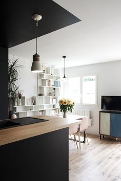 "When the kitchen is stylish, comfortable and expressive, then it can ""make"" the interior of any apartment or house. Take a look at this beautiful modern ✌Pufikhomes - source of home inspiration Photographe Architecture, Backyard Seating, My Ideal Home, Small Apartments, Home Projects, Minimalism, Sweet Home, Dining Table, Bertrand"