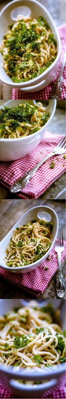 Pasta mit Zucchini Nuss Sosse Mirja Hoechst kuechenchaotinDE 2 collage Pasta mit Zucchini Nuss Soße   Tolles Rezept vom Experten