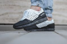 """ASICS has launched the GEL-Lyte III """"Oreo"""" pack. The popular black/white coloring has been applied to the most successful ASICS lifestyle running silhouette. Both a black outsoled version with white speckles and white upper is available and vice versa, a white outsoled version of the GEL-Lyte IIIwith black speckles, and black leather upper. It does …"""