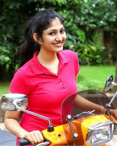 Kerala hot movies actress and unseen cute beautiful girls largest latest hundreds of photos collection of their sexy curvy body show. Beautiful Bollywood Actress, Most Beautiful Indian Actress, Beautiful Actresses, Most Beautiful Women, Beauty Full Girl, Beauty Women, Preety Girls, South Indian Actress Hot, Indian Beauty Saree