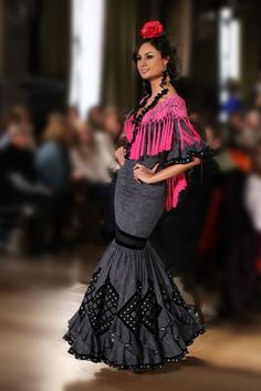 Flamenco dresses show in WLF - Gala Dresses, Gypsy Dresses, Spanish Fashion, Spanish Style, Make Your Own Dress, Mermaid Gown, Dress Collection, Fancy Dress, Bohemian Style