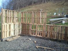 Building with Pallets | 305749_10150412673337961_541072960_8462442_1771032204_n