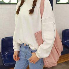 """6ium: """" Sweatshirt + Jeans + Bag """""""