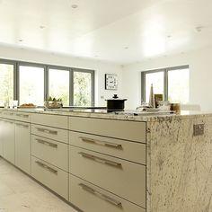 k cheninsel dekor auf pinterest schlichte k chen m nnliche k che und k cheninsel tafelaufsatz. Black Bedroom Furniture Sets. Home Design Ideas