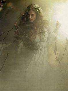 Apparition...