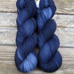 TARD-ish ^^ MISS BABS - Hand Dyed Yarns And Fibers