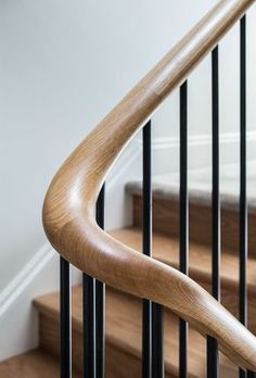 Wood balustrade hand rail detail on stairs. Finch House, 2016 Wood balustrade hand rail detail on stairs. Wood Handrail, Staircase Handrail, Stair Railing Design, Interior Staircase, Wood Stairs, House Stairs, Staircases, Banisters, Staircase Runner