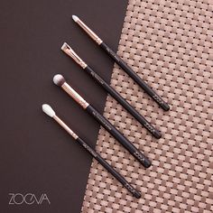 Aesthetic harmony. Our Rose Golden brushes combine romantic glamour and exquisite craftsmanship. www.zoeva.de
