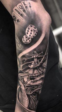 60 Fotos de Tatuagens masculinas no Antebraço - Fotos e Tatuagens Leg Tattoo Men, Leg Tattoos, Arm Tattoo, Body Art Tattoos, Hot Rod Tattoo, Casino Tattoo, Vegas Tattoo, Gangster Tattoos, Chicano Tattoos