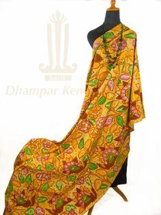 IDR. 1.150k   Kain Batik Tulis Warna   Motif Kembang Granitan   Ukuran kain: 2,30m X 1,05m   Kode: 009    Note: Harga item tidak termasuk kalung yang tertera pada gambar.    #batik #dhamparkencono #batiktulis #java #indonesia #sale #boutique