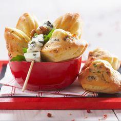 Découvrez la recette Madeleines aux lardons et au roquefort sur cuisineactuelle.fr.