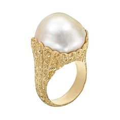 Buccellati pearl ring--Simple and Stunning