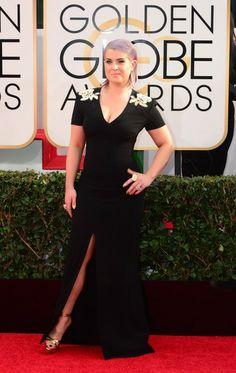 Kelly Osbourne arrives on the red carpet for the Golden Globe awards on January 12, 2014 in Beverly Hills, California.
