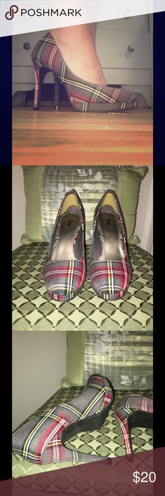 """Plaid 4"""" Platform Pump! Never Worn! 6.5-7 I bought these and tried them on in my house a few times, but never became skilled enough with the 4-inch heel to wear them. They're surprisingly comfy! Size 7, but I'm a 6-1/2 and they fit perfectly with the anti-slip heel insert I put in (I'll include those, if you'd like them). These are, IMO, a super-sexy shoe, and they make my ankles and legs look fabulous. Very retro look, ala Mad Men. Gray with red, yellow, black, and aqua plaid; pair them…"""