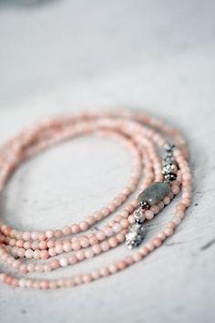 Bracelet| http://coolbraceletscollections.13faqs.com