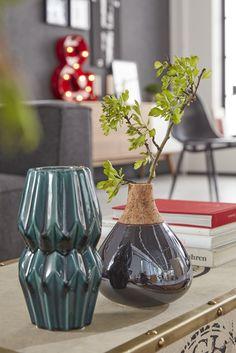 Wir lieben ungewöhnlich geformte Vasen im Metallic-Look!