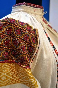 Romanian blouse - ie - detail. Moldova, Textiles, Costumes, Embroidery, Crochet, Traditional, Collection, Beautiful, Folk