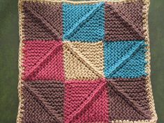 Domino Potholder by schoen1605, via Flickr knitting book by Vivian Hoxbro