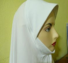 jahit tudung or telekung Abaya Pattern, Sew Pattern, Instant Hijab, Refashion Dress, Sewing Collars, Neck Designs For Suits, Hijab Niqab, Baby Frocks Designs, Donia